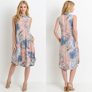 Dresses & Skirts - Just Arrived! Floral Sleeveless Dress with Pockets